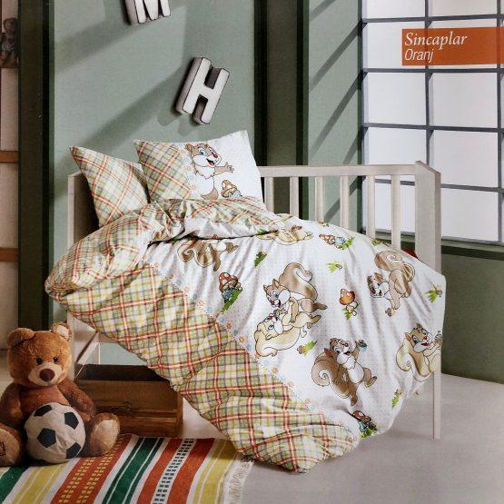 Posteljina za bebin krevetac – Veverica