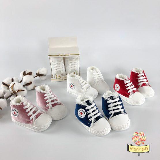 Plišane futrovane patikice za bebe