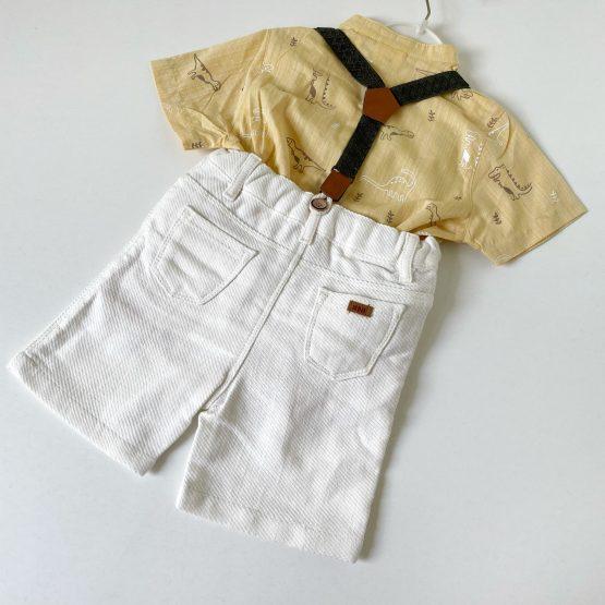 Kompletić košulja i šorts na tregere za bebe.